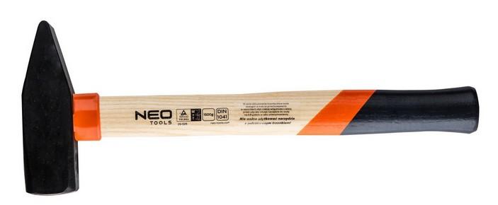 Kalapács 1,5 kg fanyelû   NEO 25-025