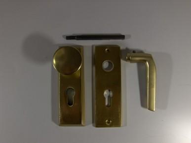 Kilincs garnitúra bejárati ajtóhoz, gombos, cilinderlyukas F2 CLY 55 erõsített/pajzs   1210508